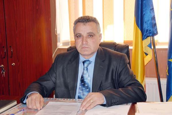 Primarul Comunei Lunca Corbului, Gheorghe Drăgan, vă urează