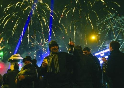 Nu uitaţi de Revelionul din Piaţa Primăriei!