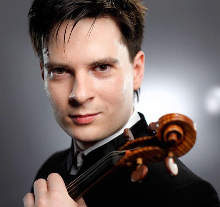 """Ştefan Tarara, laureat al Festivalului """"Enescu"""", la Filarmonica Piteşti"""
