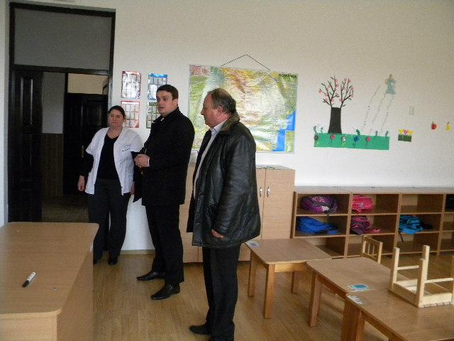 Prefectul de Argeș face descinderi în județ