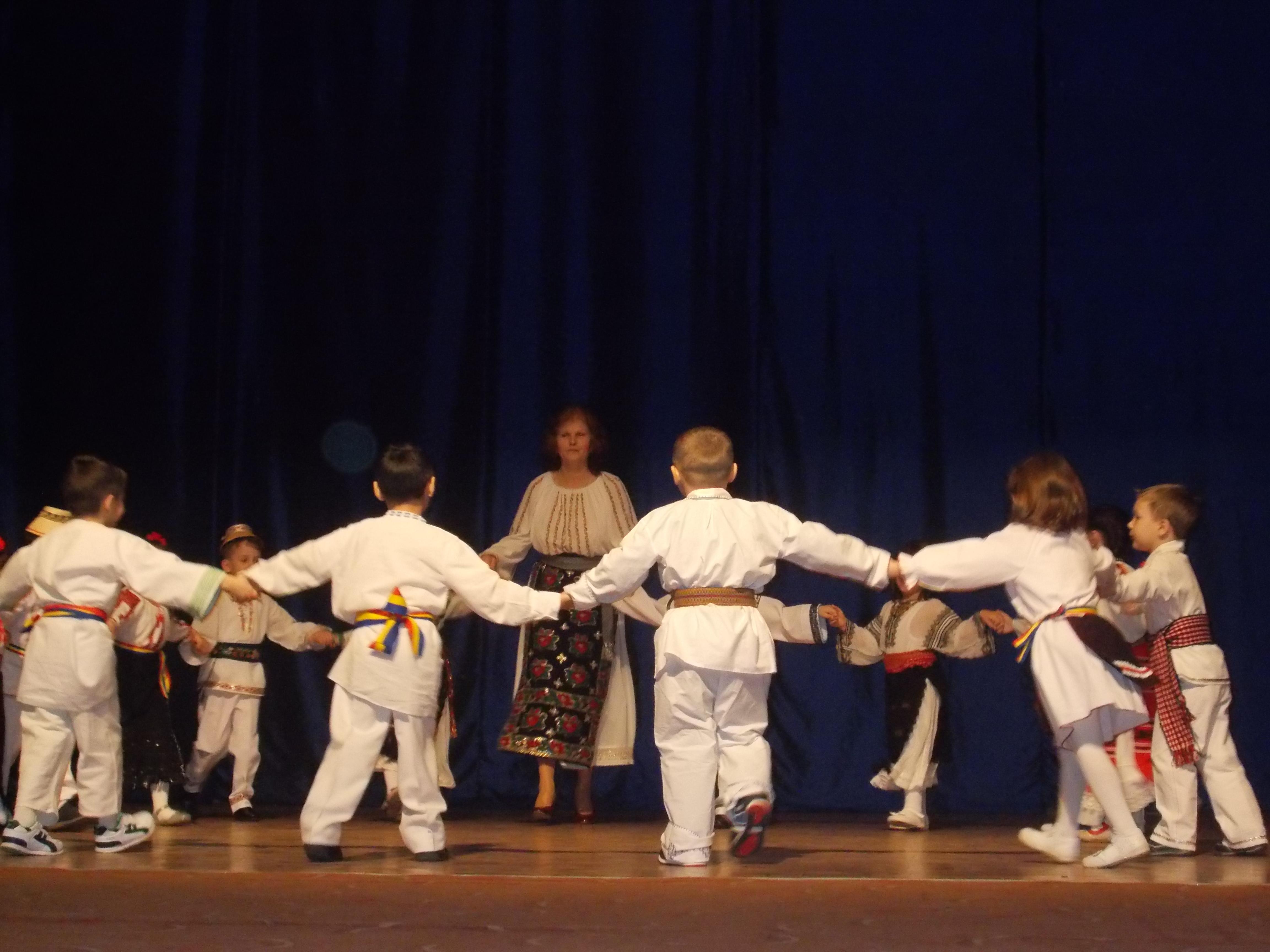 """Concurs național de dans  """"Împreună pentru viitor"""""""