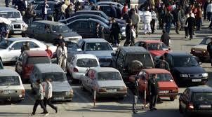Lege nouă pentru şoferii cu maşini mai vechi de 12 ani. O maşină din patru nu trebuie să iasă în trafic