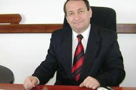 Nicolae Smădu , primar Domnești, vă urează