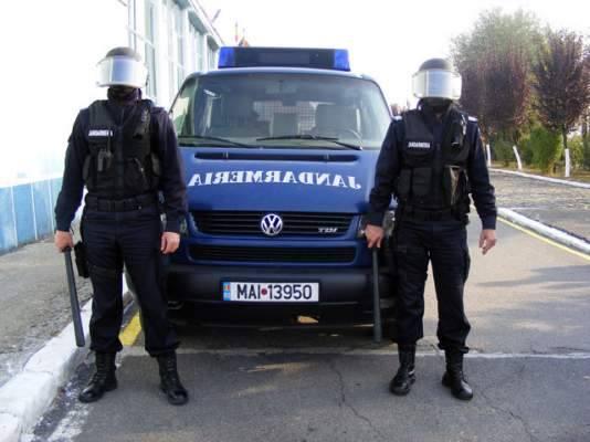 Jandarmii, doriţi de Ministerul Educaţiei să escorteze lucrările de la Bac