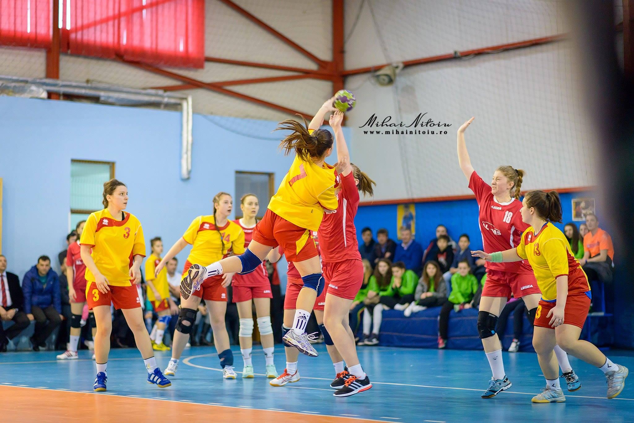 Handbalistele de la C.S. DACIA MIOVENI 2012, meciuri de pregătire cu C.S.S Făgăraş