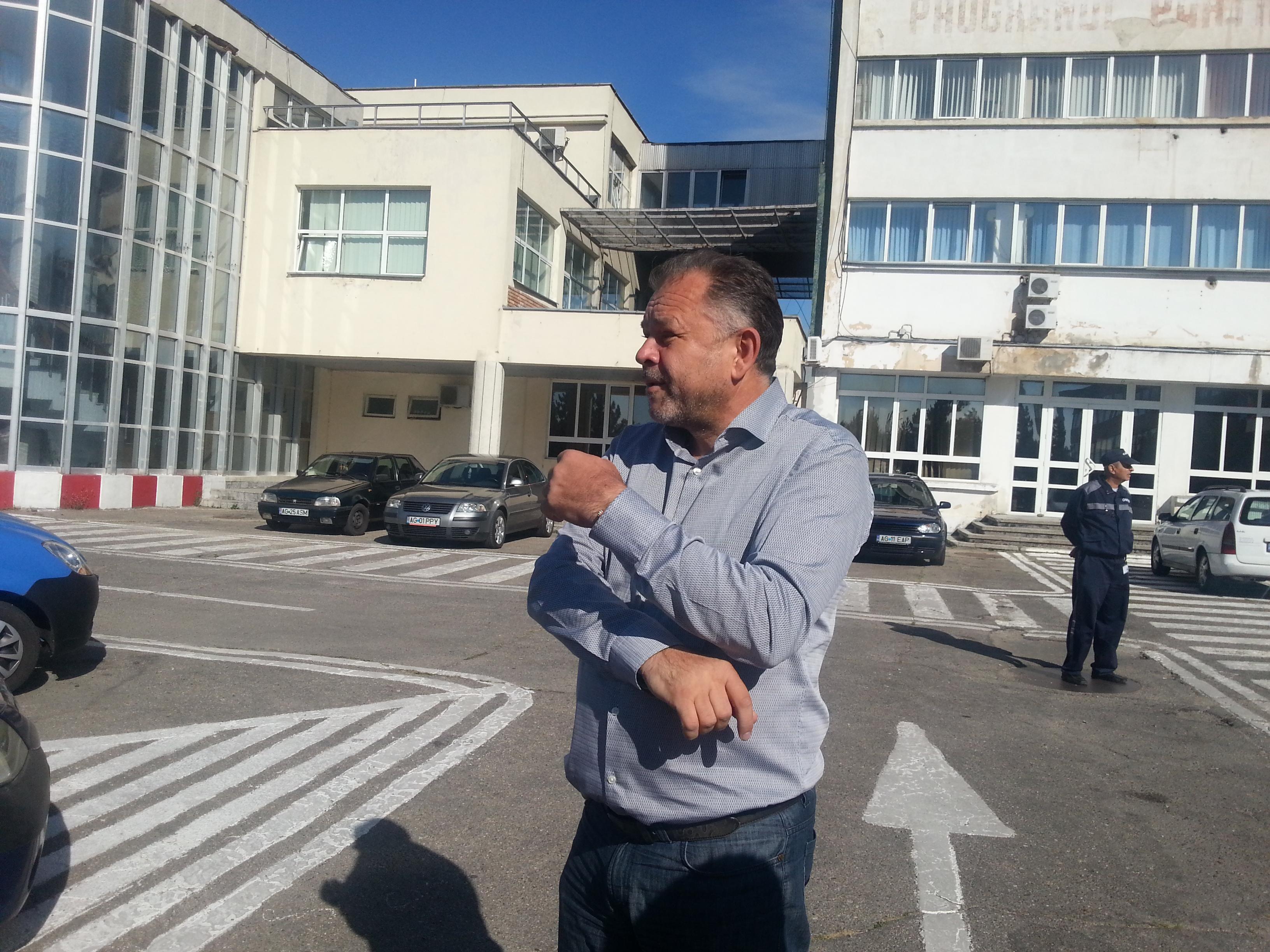 Angajații Arpechim au încetat greva foamei