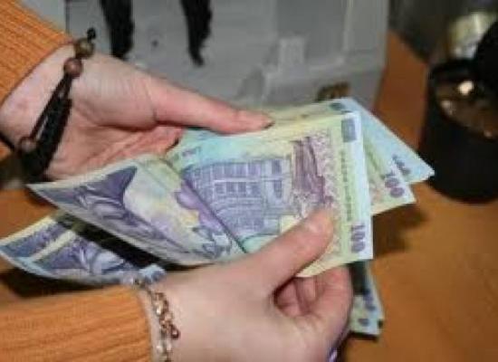 Rate mai mici la creditele în lei