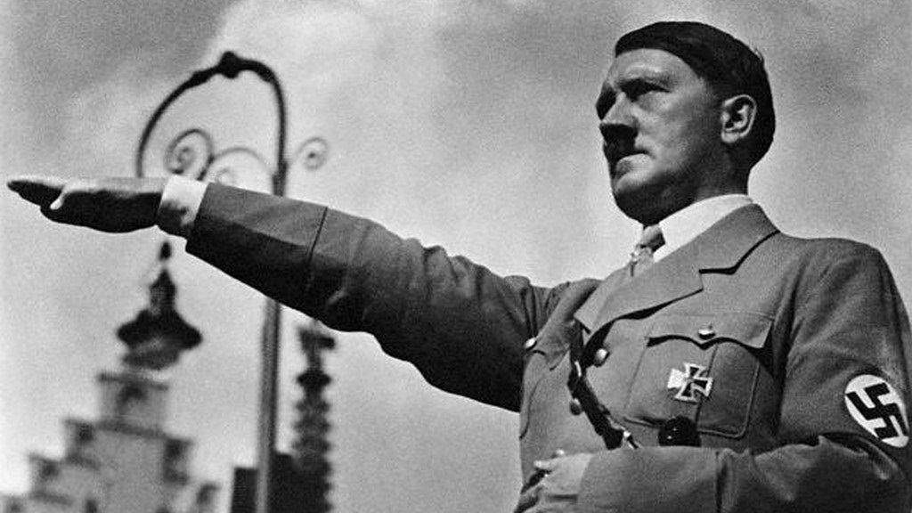 Cartea lui Hitler, din nou în librării după 70 de ani