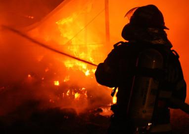 Incendiu in doua sate din Arges