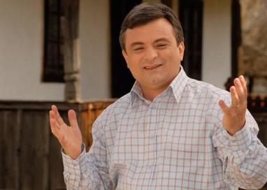 De râsul curcilor: Adrian Miuțescu vrea consilier local!