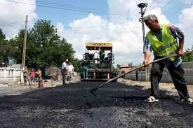 Staţia de asfalt de la Căteasca, aproape de pornire