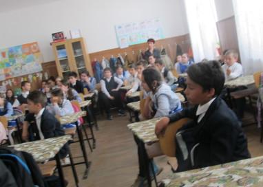 Servicii Edilitare pentru Comunitate Mioveni învață școlarii despre importanța apei