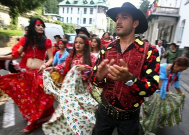 """Ziua romilor, sărbătorită la """"Monte Carlo"""""""
