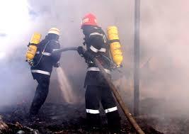 Incendiu la un depozit pe Drumul 23