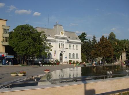 Argeșenii își pot plăti de-acum taxele și impozitele online, pe www.primariapitesti.ro și www.ghiseul.ro