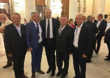 Primarul din Bârla felicitat de prim-ministrul Dacian Cioloș