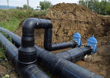 În Mioveni se lucrează de zor la noua rețea de alimentare cu apă