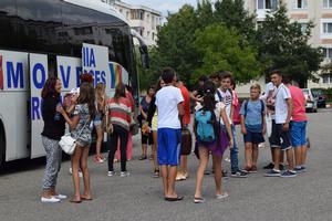 Tinerii din Mioveni s-au întors din tabăra de la Eforie Sud
