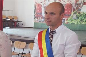 Primarul Comunei Bîrla, Gheorghe Voicu, vă urează