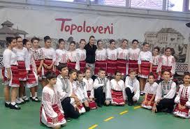 """Dansatorii """"Ansamblul Folcloric Ciuleandra"""" din Topoloveni, dansează în Turcia"""