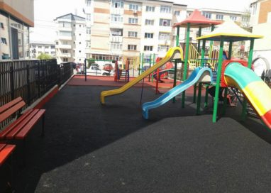 Un loc de joacă din Mioveni va fi redeschis în zilele următoare