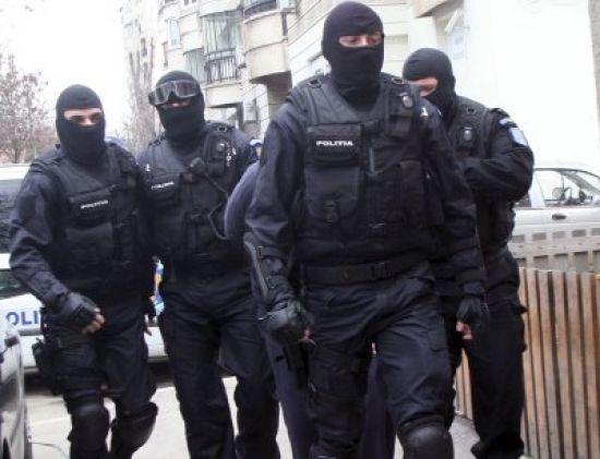 Noi percheziţii pentru evaziune fiscală în Argeş
