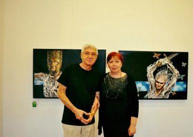 """Eny Pavel, alături de pictorul Bârloiu la vernisajul expoziţiei """"AMAZOANE"""""""