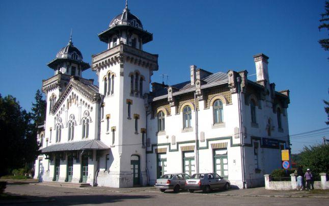 Unde e candelabrul de la Gara Regală din Curtea de Argeş?