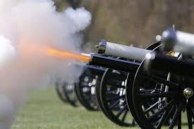 21 de salve de tun vor fi trase la Curtea de Arges